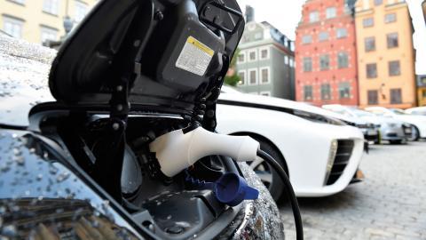 I fjol ökade försäljningen av elbilar med 95 procent i Stockholms stad. Bild Henrik Montgomery/TT