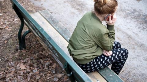 Barn- och ungdomsenheten i Hägersten-Liljeholmen står inför en omorganisation till följd av ett budgetunderskott på 30 miljoner kronor. Fem av totalt tio chefer har valt att säga upp sig efter att planerna på omorganisation blev kända.  Bild: Jessica Gow/TT