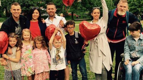 """Nyligen arrangerade Facebookgruppen Soldiers of love eventet """"Picknick of love"""" i Stockholm.  Foto: Privat"""