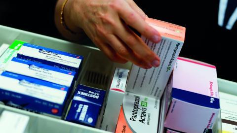 """""""I princip alla apotek har sina priser på nätet och det finns prisjämförelsesajter där man enkelt kan få ut prisinformation"""", säger Johan Wallér, vd på branschorganisationen Sveriges apoteksförening.  Bild: JANERIK HENRIKSSON/TT"""