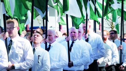 Tidigare var det Svenska motståndsrörelsen som marscherade på gatorna ett par gånger om året i snitt. Nu är det Nordiska motståndsrörelsen.  Bild: Ulf Palm /TT