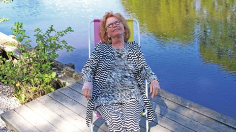 Bitte Alling Ode. En sann vattenkvinna som har tillbringat sitt liv i Örebro sedan 1972 när kärleken förde henne till stan.  Bild: Maria Eremo