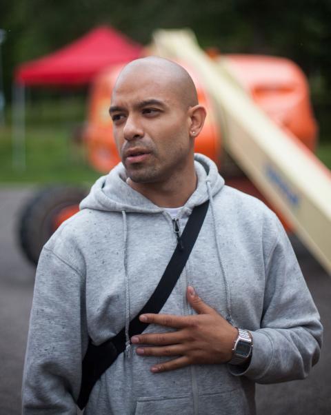 Daniel Terres är projektledare för Hammarkullen Urban Art.  Bild: Jens Hendar