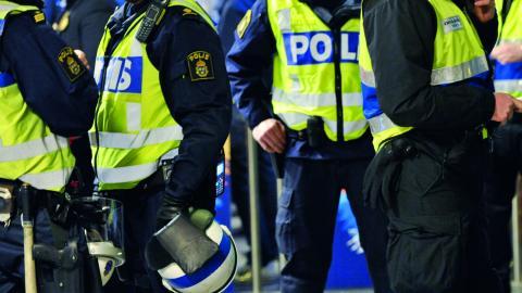 """""""Vi ska vara hårda mot kriminaliteten – men också mot dess orsaker. Det handlar inte om antingen eller – det krävs både och"""", skriver debattörerna.  Bild: Jens L'Estrade/TT"""