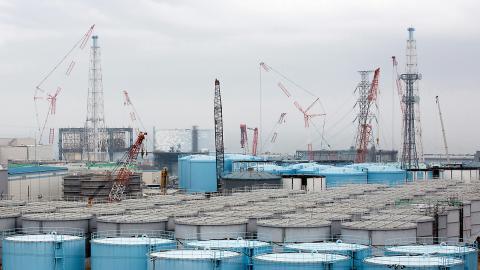 Förvaring av kontaminerat vatten i Fukushima.  Bild: AP
