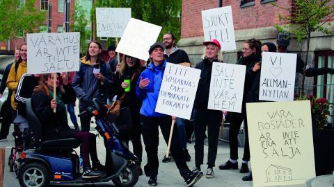 Demonstration mot utförsäljningen av allmännyttan tidigare i år.  Bild: Liselott Holm
