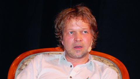 """Tomas Bannerhed medverkade i våras i Berättarfestivalen i Ljungby där han talade om sin roman """"Korparna"""". Den har hittills sålts i uppåt 150000 exemplar. Inom ett år planerar han att ge ut en uppföljning. """"Korparna"""" gavs ut 2011 på Weyler förlag.  Bild: Edgar Weibull"""