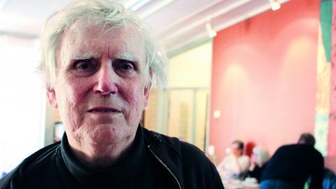 Leif Stenberg var ledare för teatergruppen Tro, hopp och mod, teatergruppen för missbrukare och psykiskt sjuka i Umeå – som av ekonomiska skäl tvingats lägga ned. Bild: Liselott Holm