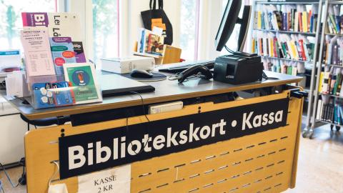 Fackförbundet Dik rapporterar att politiska trakasserier med syfte att påverka bibliotekens medieinköp blivit fler. Bild: Christine Olsson/TT