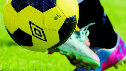 Många idrotts- och fritidsaktiviteter kostar mycket pengar. Med en fritidsbank skulle många kunna bidra till ökad jämlikhet och till en cirkulär ekonomi, menar debattörerna.    Bild Vegard Wivestad Grøtt/NTB scanpix/TT