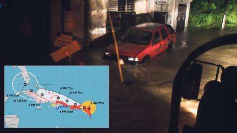 Grafik från amerikanska NOAA som visar stormens förmodade väg. Alla tider är sex timmar efter svensk tid.  Bild: TT/AP
