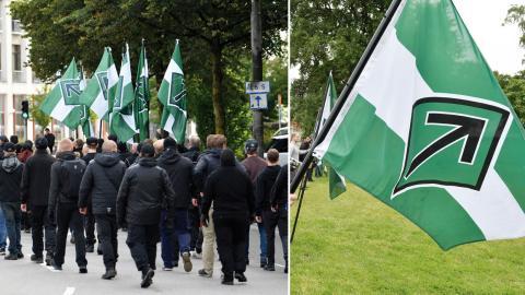 Den nazistiska organisationen Nordiska motståndsrörelsen marscherar med plakat och flaggor i en tillståndslös demonstration i centrala Göteborg. Bild: Björn Larsson Rosvall, Janerik Henriksson / TT