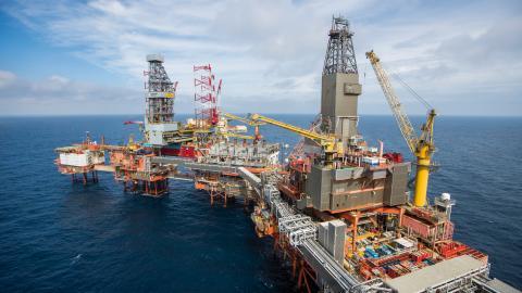 Stortingspartierna i Norge är oense när det gäller jakten på olja. Bild: Håkon Mosvold Larsen/NTB/TT