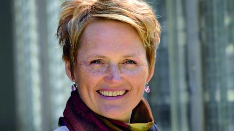"""""""vid upprepade tillfällen har Almega med Anna-Karin Hatt i spetsen visat att man inte är villiga att gå med på samma löneökningar som andra arbetsgivarförbund"""", skriver debattörerna.  Bild: Henrik Montgomery/TT"""