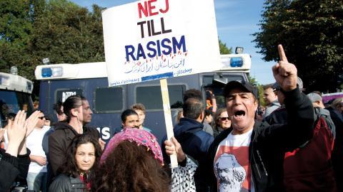 Mellan 10000 och 20000 personer samlades på Heden. Göteborgs antifascistiska front tycker att det är bra att så stora delar av vänstern slöt upp. Foto: Lucas De Vivo