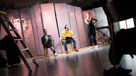 """""""När vi gör en pjäs om olydnad är det också intressant att prata om lydnad och vad det är för något."""" Pjäsen """"Olydnad"""" har premiär på Folkets hus i Storuman den 25 oktober. Bild: Johan O. Söderberg"""