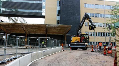 Byggkostnaderna i Malmö har dragit i väg, från de 6 miljarder kronor som först beräknades, till en kostnad som nu ligger på 12 miljarder kronor.