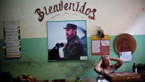 En statlig matmarknad i Havanna. Bild: TT