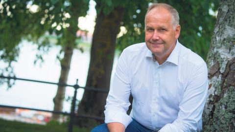 Vänsterpartiets ledare Jonas Sjöstedt bjuder på ett riktigt radikalt förslag: koldioxidransonering.  Bild: Patrick Trägårdh / TT