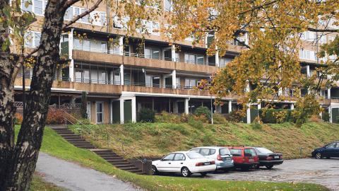 Victoria Park vill köpa allmännyttiga lägenheter i Lövgärdet – i byte skulle kommunala Fastighetsbolaget få mark. Foto: Martin Spaak