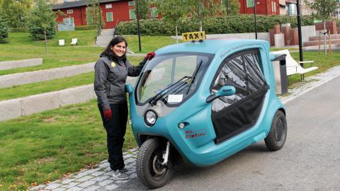 Hanna Sinaie Johansson hoppas på att förbättra Umebornas livsmiljö med sitt gröna taxibolag.