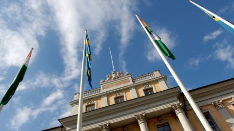 Det tidigare ståndaktiga försvaret av folkrätt, mänskliga rättigheter och demokrati tycks inte längre vara lika viktigt, skriver Ingvar Flink.  Bild: Janerik Henriksson/TT