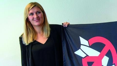 Beatrice Fihn från nätverket ICAN, som i år tog emot Nobels fredspris.  Bild: Martial Trezzini/AP/TT