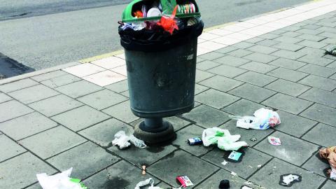 För att nedskräpningen i Uppsala ska minska krävs framför allt attitydförändringar hos konsumenter.  Bild: Håll Sverige rent