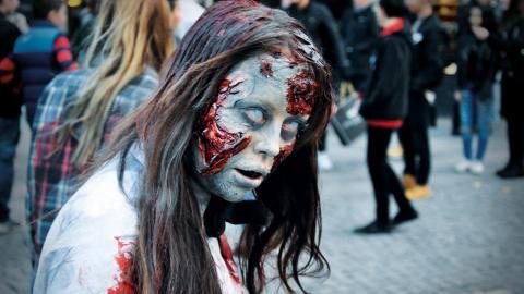 Run for your lives blev en succé redan 2016. I år är zombieloppet tillbaka, större och läskigare än tidigare.  Bild: Mirja Mattsson