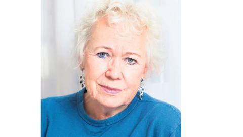 Vi behöver prata mer om ekonomi, menar Ingela Ekholm, vice ordförande PRO:s Göteborgsdistrikt.  Foto: Saga Berlin