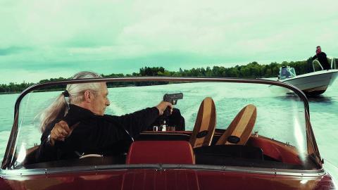 Anders Cöster i rollen som James Bond. Bild: ur filmen