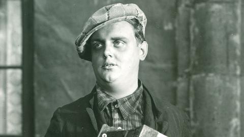 """Kompositör, sångare och skandalman. Johnny Bode var född i Falköping 1912, död i Malmö 1983. Mest känd som könsrockens fader och för skivan """"Bordellmammans visor"""". Foto: Bodesällskapet"""
