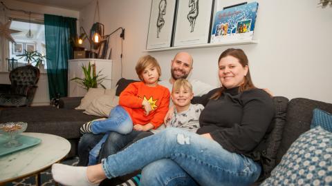 Familjen Olsson i Lillhällom försöker att ha en hållbarare vardag.