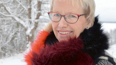 """""""Vi agerar som att vi har fler jordklot, vi är inte i kontakt med vår egen natur"""", säger Annika Göran-Rodell.  Bild: Rolf Larsson"""