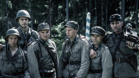 """Nyfilmatiseringen av """"Okänd soldat"""" ska väcka ungas intresse för den äldre generationen. Foto: Elokuvaosakeyhtiö Suomi"""