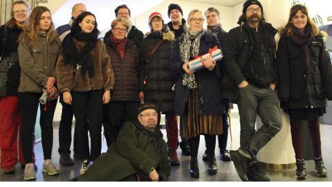 Medlemmar från Folkinitiativet samlade i Stadshuset.  Bild: Liselott Holm