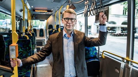 Trafiklandstingsrådet Kristoffer Tamsons svarar att han tar uppgifterna på allvar.  Bild: Lars Pehrson/SvD/TT