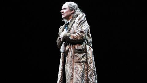 Det är inte första gången som Carina Söderman spelar osympatiska karaktärer. Förra året spelade hon Oblivia, som kidnappade tomten. Foto: Caroline Axelsson