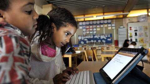 Se över skolvalssystemet, menar debattörerna.  Tomas Oneborg/TT