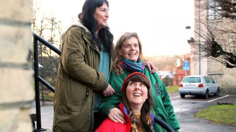 Jill Lundström, Anna Carlson och Linnea Jardemark utgör 13festivalens arrangörsgrupp.  Foto: Caroline Axelsson