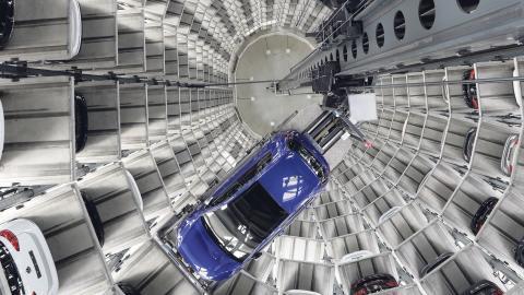 De nya avslöjandena visar att biltillverkarna inte nöjde sig med att genomföra fejkade laboratorieprov utan man arbetade också med att beställa vinklade forskarrapporter. Bild: Michael Sohn/AP/TT