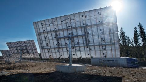 Sol- och vindkraftsprojekt kommer ge en del av den billigaste elen i framtiden.   Bild: Fredrik Sandberg/TT