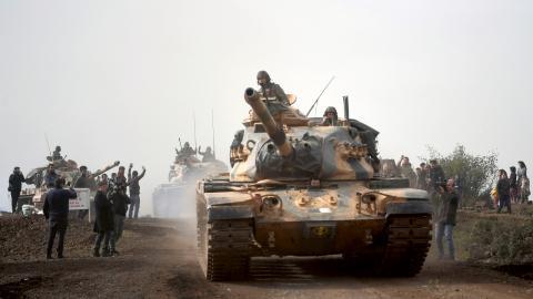 I helgen gick turkisk militär till attack mot kurdkontrollerade staden Afrin i Syrien.  Bild: AP