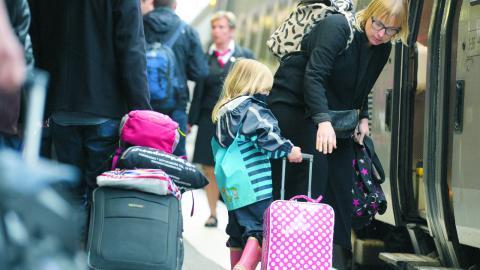 SJ borde proaktivt marknadsföra tåget som ett alternativ till flyget till Europa, göra det möjligt att boka biljetter, och verka för bättre förbindelser, skriver debattören. bild Janerik Henriksson/tt