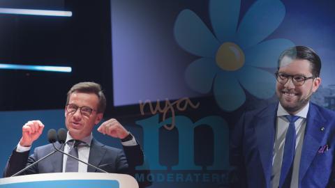 """Moderaterna har vänt från att ha en partiledare som talade om att """"öppna era hjärtan"""" för drygt tre år sedan till att i dag ha skärpt både retorik och faktiska politiska förslag i migrations- och integrationsfrågor.  Bilder: Kicki Nilsson, Anders Wiklund/TT"""