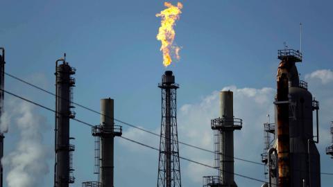 Shells oljeraffinaderi i Texas.  Bild: Gregory Bull/AP Photo