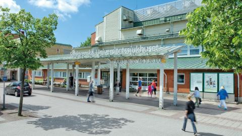 Mölndals sjukhus permanentar försöket med kortare arbetsdags på operationsavdelningen.  Bild: Västra götaland
