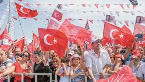 Socialdemokratiska CHP är Turkiets största oppositionsparti och får stöd av många sekulära medborgare.   Bild: Uygar Önder Simsek