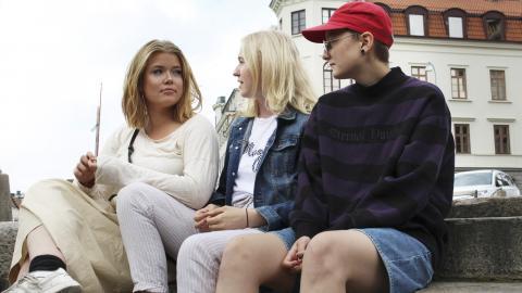 Ester Hillgren, Johanna Reichenberg Lund och Milton Olssons poddavsnitt handlar bland annat om ätstörningar och sexuella läggningar. Bild: Sanna Arbman Hansing