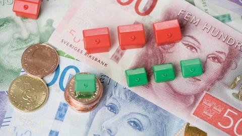 """""""Genom att hålla hyrorna långt under vad människor faktiskt är villiga att betala ut-nyttjas inte de bostäder som finns effektivt"""", skriver debattören. Bild: Fredrik Sandberg/TT"""
